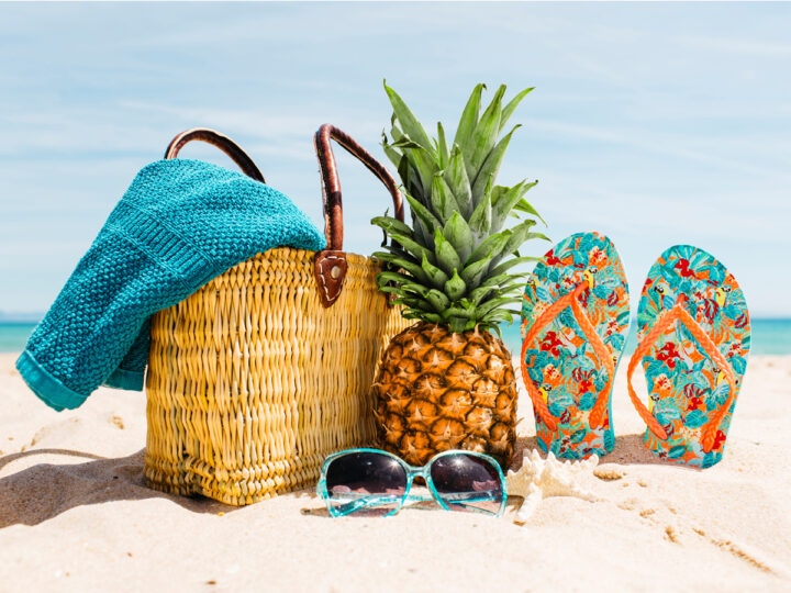 Travel the beach with best foods